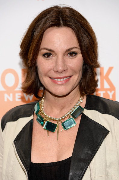 LuAnn de Lesseps Layered Razor Cut [hair,hairstyle,brown hair,layered hair,necklace,fashion accessory,long hair,jewellery,premiere,smile,luann de lesseps,can do awards,new york city,food bank for new york city,dinner gala,dinner gala]
