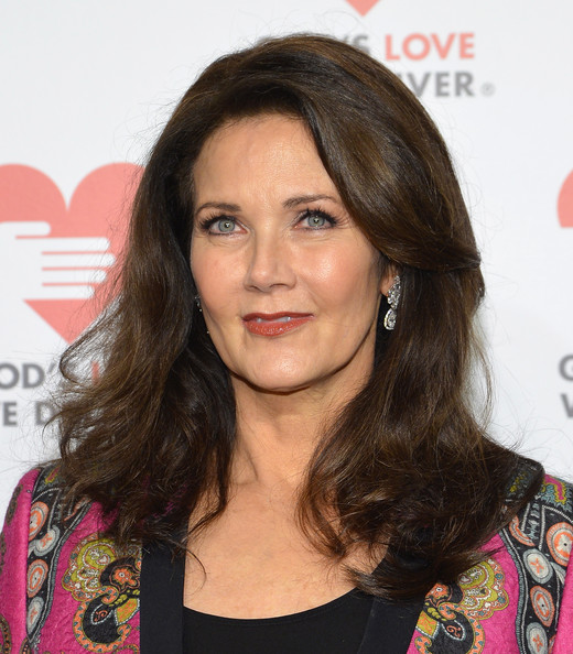 Lynda Carter Medium Wavy Cut [hair,face,hairstyle,eyebrow,long hair,brown hair,layered hair,chin,beauty,lip,lynda carter,god,we deliver golden heart awards celebration,gods love,new york city,spring studios,golden heart awards celebration]