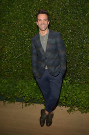 George Kotsiopoulos chose a dark watercolor print blazer for his look at the 'Vogue' MAC Cosmetics Dinner party.