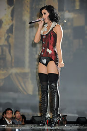 These over the top sexy, lace up boots look fabulous with Katy's on stage ensemble.