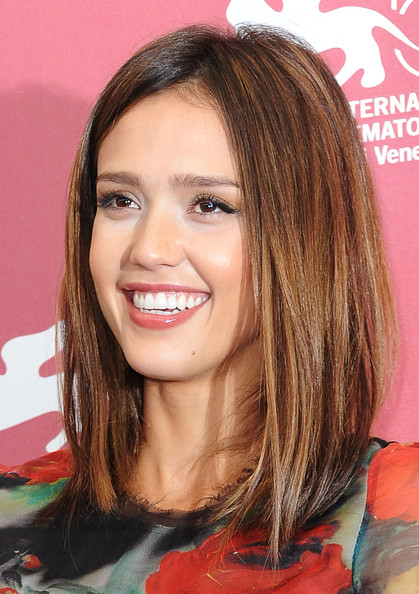 More Pics of Jessica Alba Medium Straight Cut (3 of 24) - Hair Lookbook - StyleBistro