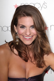 Rachel Mccord looked fab at the Glamorama, Fashion Extravaganza with her hair in wispy waves.