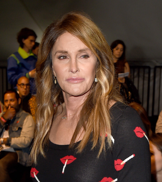 Caitlyn Jenner wore her hair down with subtle waves and lots of volume during the Moschino fashion show.