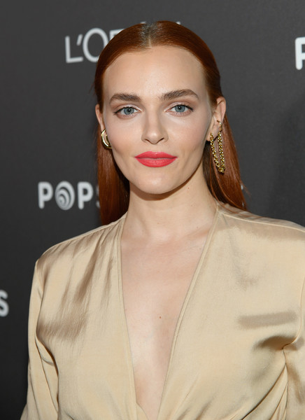 Madeline Brewer Long Straight Cut [hair,face,lip,hairstyle,eyebrow,skin,beauty,chin,fashion,fashion model,nominees,popsockets - arrivals,madeline brewer,popsockets,entertainment weekly celebrates screen actors guild award,chateau marmont,california,los angeles,lor\u00e9al paris,cadillac]