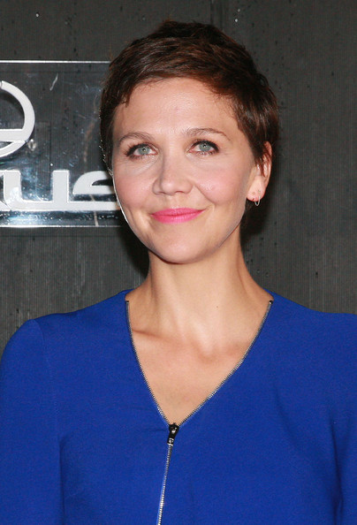 Maggie Gyllenhaal Pixie [made fashion,hair,face,hairstyle,eyebrow,chin,lip,electric blue,brown hair,premiere,neck,gareth pugh - arrivals,gareth pugh,maggie gyllenhaal,lexus design,fashion spring,new york city,pier 36,fashion show]
