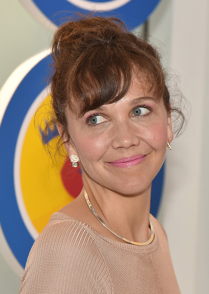Maggie Gyllenhaal Messy Updo - Newest Looks - StyleBistro