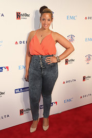 Dascha chose acid-wash, high-wasted jeans for a more casual red carpet look.