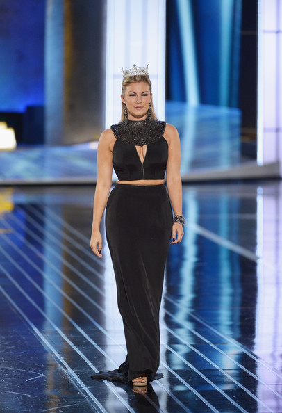 Mallory Hagan Clothes