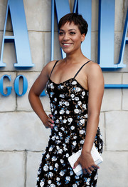 Cush Jumbo attended the UK premiere of 'Mamma Mia! Here We Go Again' carrying a textured white clutch.