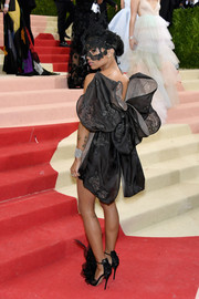 Zoe Kravitz was a scene stealer in a butterfly-inspired LBD by Valentino Couture at the Met Gala.