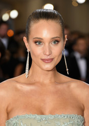 Hannah Davis slicked her hair back into a segmented ponytail for the Met Gala.