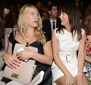Amanda de Cadenet was spotted checking her chic quilted purse at the Marc Jacobs fashion show.