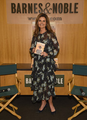 Maria Shriver kept it ladylike in a tiered floral dress during her book signing.