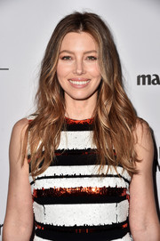 Jessica Biel rocked beachy waves to show off her glowing brunette locks.