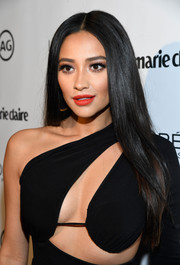 Shay Mitchell's bright red lipstick totally lit up her beautiful face!