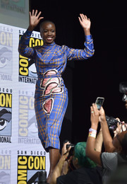 Danai Gurira chose a Marco de Vincenzo plaid and leaf-print dress for the Comic-Con 2017 Marvel Studios panel.