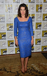 Cobie's electric blue dress mixed old and new with a classic silhouette and a more contemporary color.