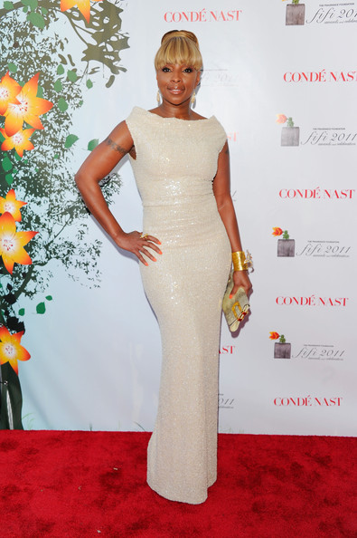 Mary J. Blige Evening Dress [dress,clothing,hair,red carpet,carpet,shoulder,gown,hairstyle,flooring,fashion,mary j. blige,fifi awards,arrivals,new york city,lincoln center,the tent]