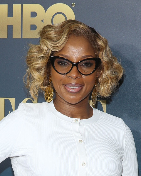 Mary J. Blige Curled Out Bob [eyewear,hair,vision care,glasses,hairstyle,chin,sunglasses,blond,forehead,long hair,arrivals,arrivals,bessie,mary j. blige,new york,the museum of modern art,new york sreening]