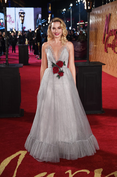 Margot Robbie looked breathtaking in a Rodarte ball gown with a flower-adorned waist at the European premiere of 'Mary Queen of Scots.'