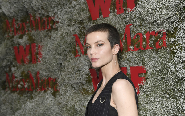 More Pics of Sylvia Hoeks Buzzcut (1 of 3) - Short Hairstyles Lookbook - StyleBistro [elizabeth debicki,2019 women in film max mara face of the future,max mara celebrates,sylvia hoeks,red,beauty,wall,photography,coquelicot,smile,flash photography,chateau marmont,california,los angeles]