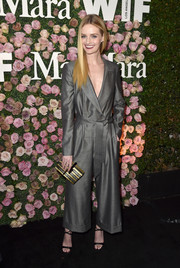 Lydia Hearst looked smart in a tux-style gray jumpsuit by Max Mara that she paired with a Yossi Harari ear cuff at the 2017 Face of the Future event.