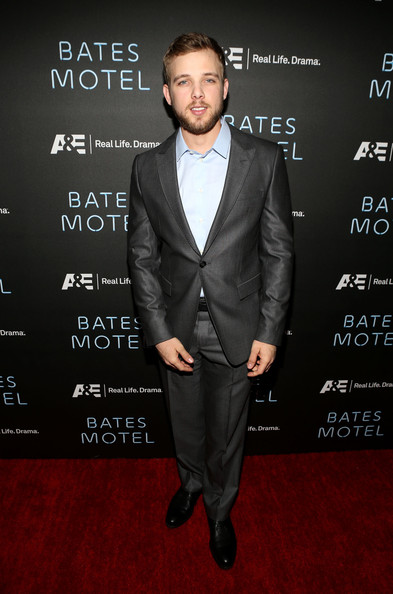 Max Thieriot Clothes