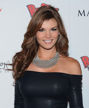 Jessica Rafalowski accessorized her off-the-shoulder top with a chunky silver chain necklace at the Maxim Hot 100 Party.