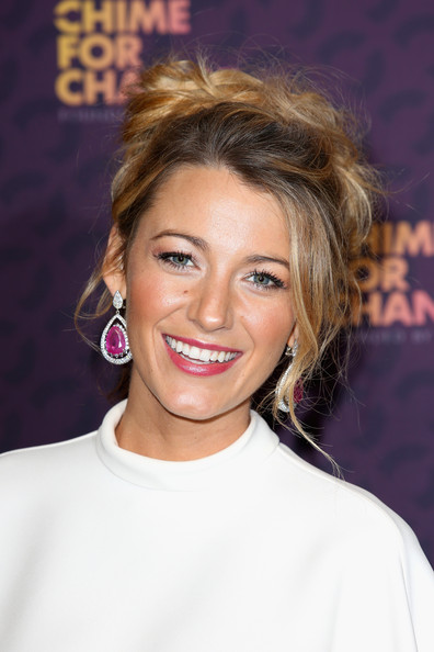 More Pics of Blake Lively Messy Updo (1 of 7) - Blake Lively Lookbook - StyleBistro