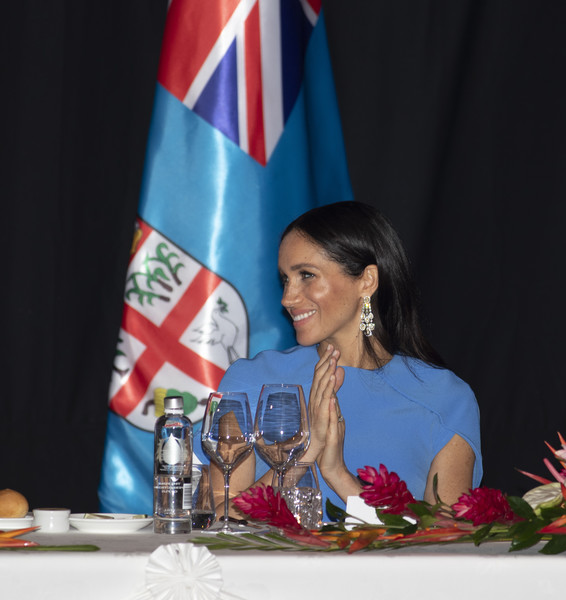 Meghan Markle Diamond Chandelier Earrings [speech,event,talent show,flag,competition,news conference,flag of the united states,meghan,state dinner,fiji,duchess,sussex,cities,suva,duke,duke and duchess of sussex visit,tour]