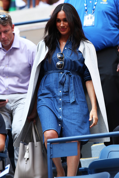 Meghan Markle Leather Tote [womens singles,blue,clothing,denim,street fashion,fashion,jeans,eyewear,lady,textile,sunglasses,harry,meghan markle,r,sussex,duchess,united states,borough,us open,match,prince harry duke of sussex,meghan duchess of sussex,wedding of prince harry and meghan markle,united states,british royal family,female,royal highness]