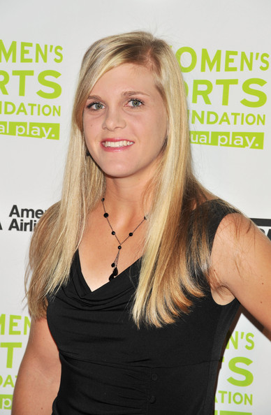 Melanie Oudin Long Side Part