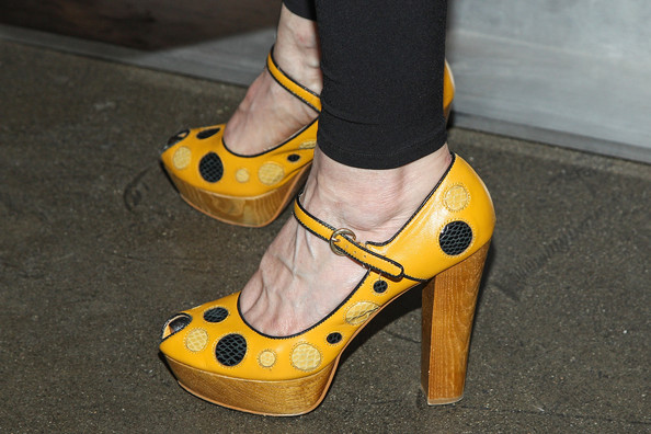 Melinda McGraw Platform Pumps