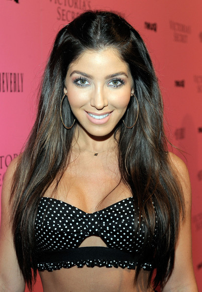 Melissa Molinaro Long Straight Cut