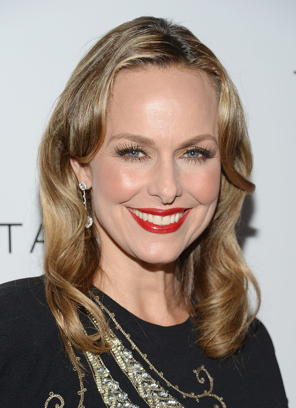 Melora Hardin Medium Wavy Cut