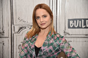 Mena Suvari Medium Straight Cut
