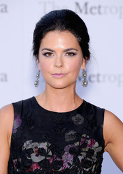 Katie Lee kept it classic with this lovely loose updo at the 'Eugene Onegin' opening.