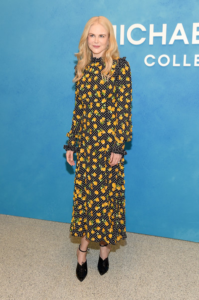 More Pics of Nicole Kidman Print Dress (1 of 16) - Dresses & Skirts Lookbook - StyleBistro [michael kors collection spring 2019 runway show,clothing,yellow,fashion,dress,street fashion,footwear,blond,fashion model,premiere,long hair,nicole kidman,front row,new york city,pier 17]