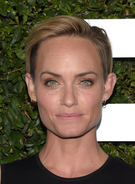 Amber Valletta attended the 'Young Hollywood' launch rocking a borrowed-from-the-boys hairstyle.
