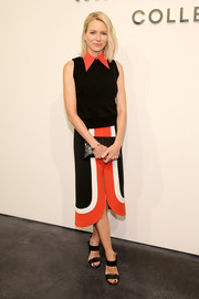 Naomi Watts finished off her stylish outfit with a tricolor front-slit skirt, also by Michael Kors.
