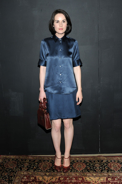 Michelle Dockery Loose Blouse [marc jacobs spring 2014,clothing,blue,fashion,dress,denim,fashion model,shoulder,cocktail dress,footwear,jeans,collection,michelle dockery,marc jacobs - backstage,new york city,lexington,the new york state armory,fashion show]