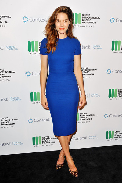 Michelle Monaghan Form-Fitting Dress
