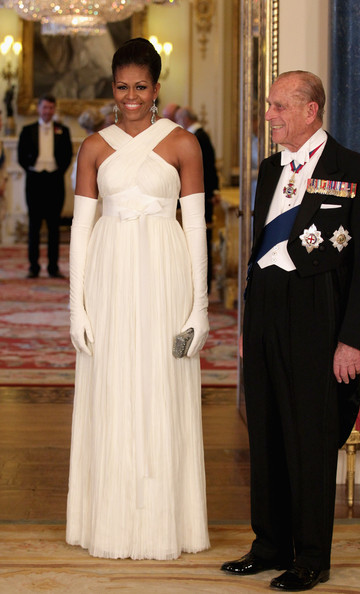 Michelle Obama Evening Dress [day one,gown,wedding dress,bridal clothing,dress,formal wear,lady,fashion,suit,flooring,girl,barack obama,philip,michelle obama,president,wife,us,uk,buckingham palace,state banquet,michelle obama,tom ford,dress,white house,clothing,first lady of the united states,gown,designer,fashion]