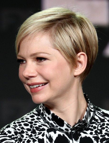 Michelle Williams Pixie [television show,hair,face,hairstyle,blond,eyebrow,chin,lip,beauty,forehead,bob cut,michelle williams,fosse/verdon,pasadena,california,the langham huntington,winter tca,fx,segment,winter television critics association press tour]