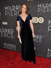 Melissa wears a luxe velvet evening dress for the 'Mildred Pierce' premiere.
