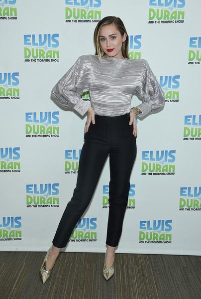 Miley Cyrus Evening Pumps [the elvis duran z100 morning show,clothing,leggings,fashion,footwear,shoulder,leg,waist,tights,trousers,electric blue,miley cyrus,new york city,z100 studio,miley cyrus,new york,celebrity,black mirror,elvis duran and the morning show,2018,whtz,pop music,actor,nothing breaks like a heart]