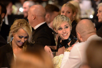 Miley Cyrus Leticia Cyrus amfAR Inspiration Los Angeles Dinner