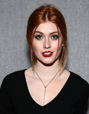 Katherine McNamara sported a loose, messy ponytail for a relaxed-chic vibe at the Milly fashion show.