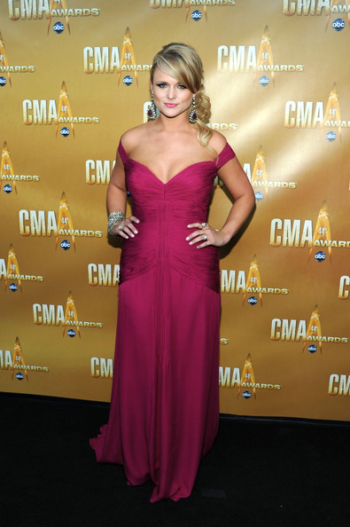 miranda lambert hot pics. miranda lambert hot pink dress