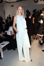 Baby-blue wide-leg pants completed Lindsay Ellingson's breezy attire.